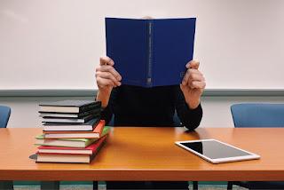Questões de Concursos Direito Administrativo - Procurador - VUNESP.