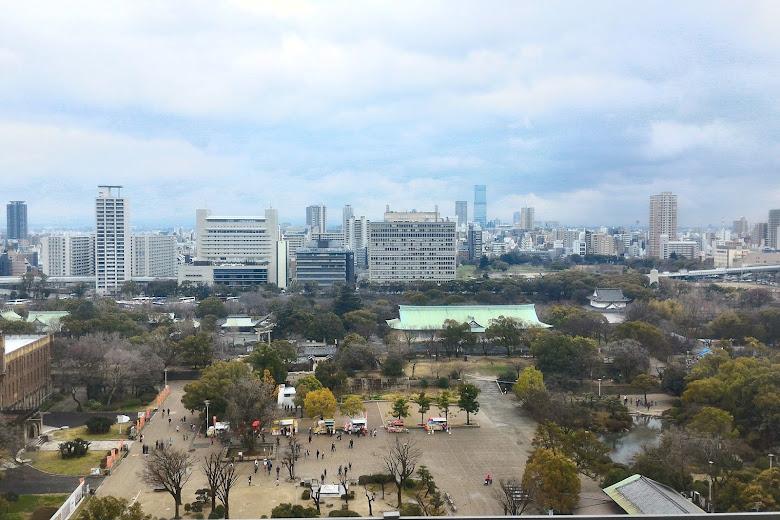 大阪城上俯瞰