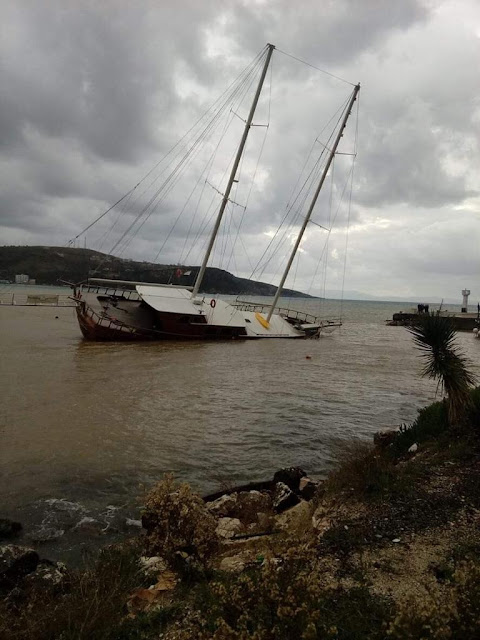 Sailing drowned in Himara because of bad weather