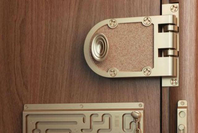 Κάνε την κλειδαριά σου ασφαλείας μόνο με ένα πιρούνι!