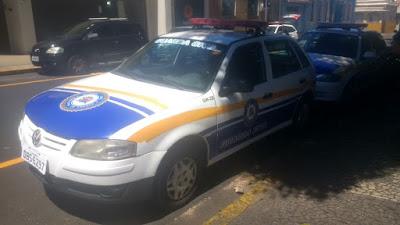 Mendigo coloca fogo em viatura da Guarda Civil Municipal de Franca