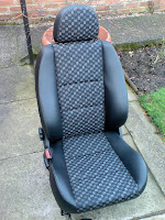 MG ZR Half Leather grey Matrix seats