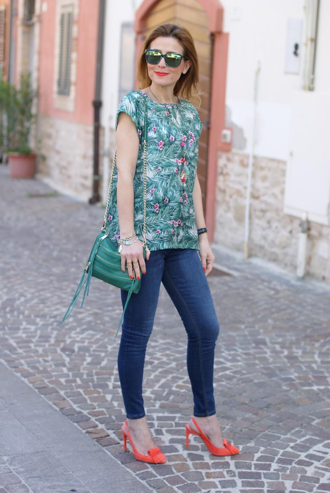Mismash Askani t-shirt on Fashion and Cookies fashion blog, fashion blogger style
