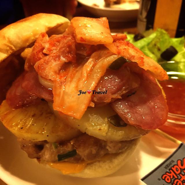 aillis201511031926349 - [熱血採訪] 造堡-就算你是一個不懂料理的人,也能創造屬於你自己的漢堡,只要你敢加,造堡絕對幫你做!!!