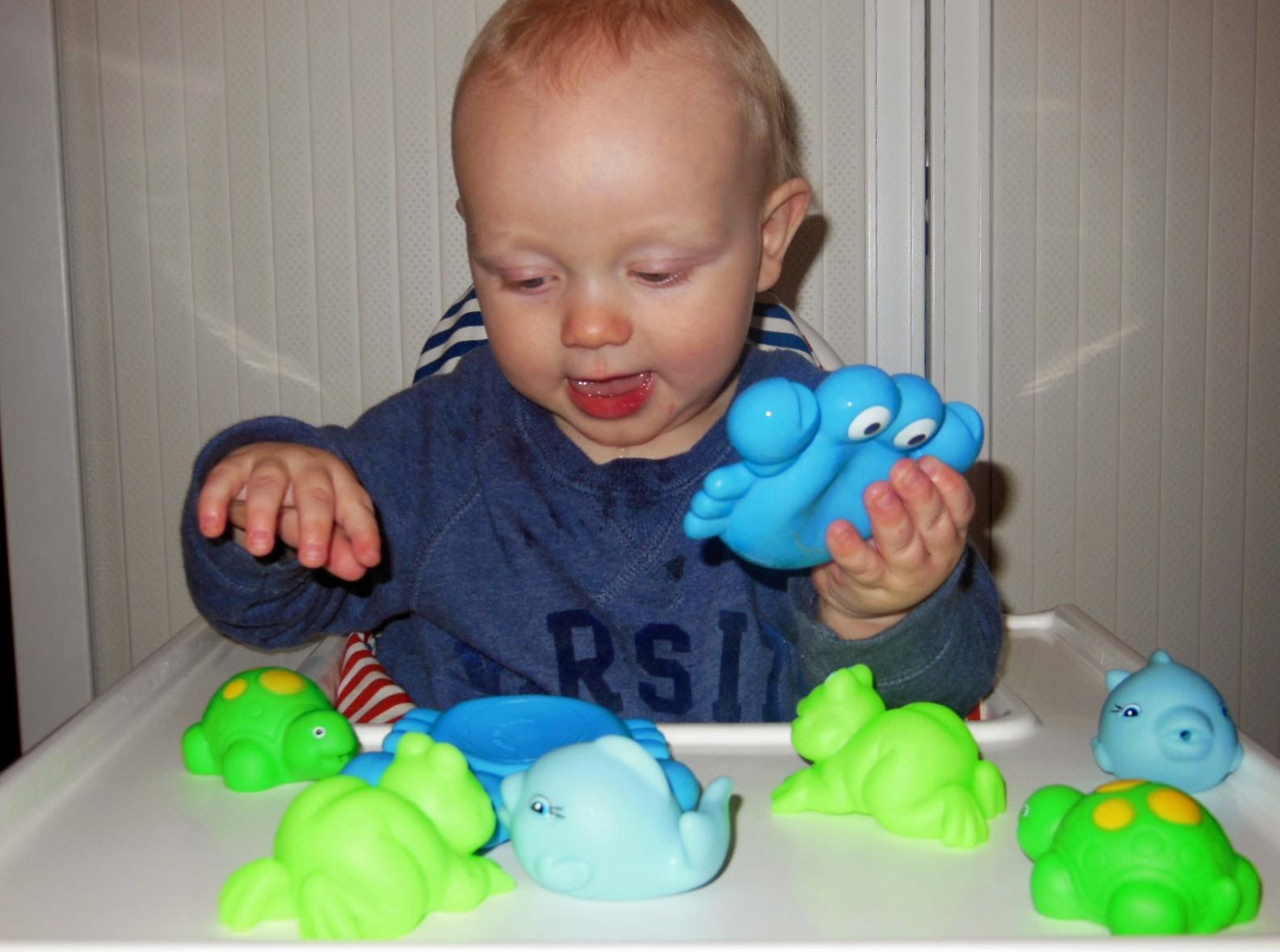 TOY TESTER REVIEW: PLAYGRO BATHTIME SQUIRTEES   The Beauty ...