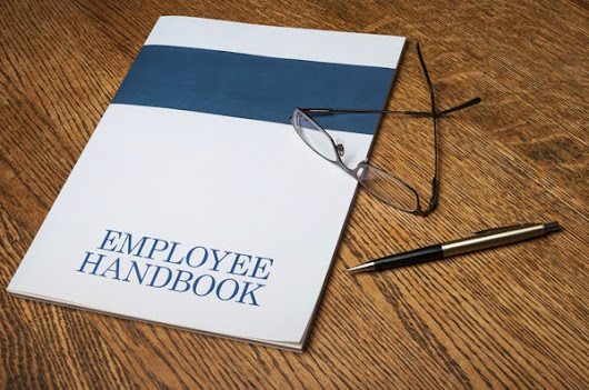 a discussion on the importance of the employee handbook Employee handbook basics & why it's one of the most important documents in your restaurant a sound employee handbook can prove beneficial in a number of ways, including improving employee morale, avoiding litigation, and increasing consistent application of workplace policies and disciplin  .