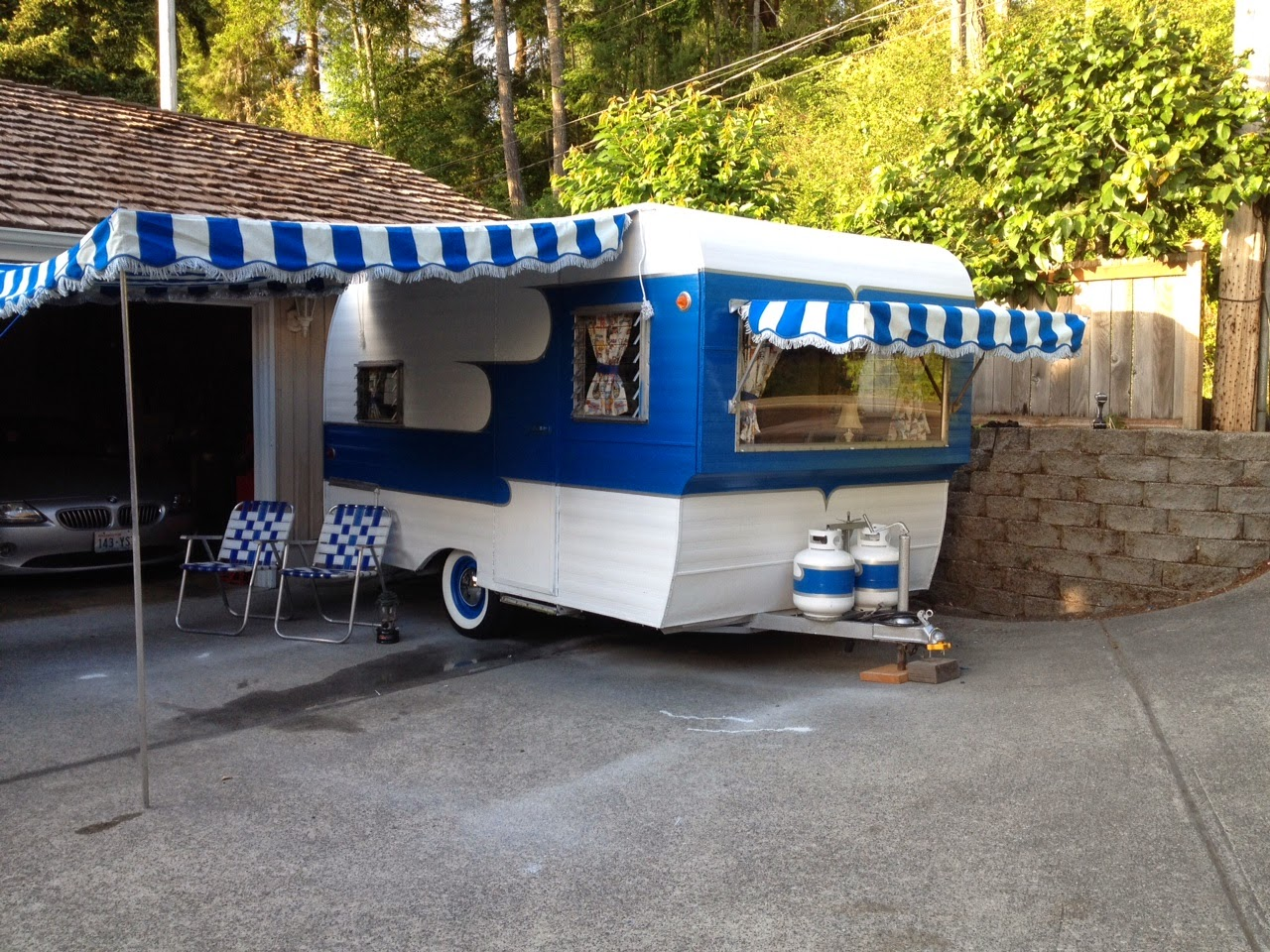 Vintage Awnings: Accentuate Your Trailer With A Vintage ...