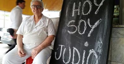 Comerciante uruguayo pone un cartel en la entrada de su negocio que dice ''Hoy soy judío''