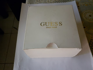 Jam tangan kuno antik dan MODERN  GUESS COLLECTION CRHONOGRAPH WHITE ... 884f2f7692