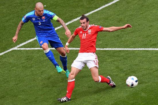 Em duelo de estreantes, Gales leva a melhor sobre a Eslováquia