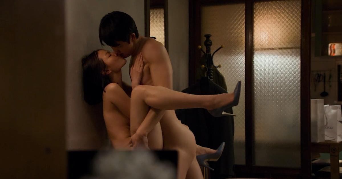 Indonesian nude sex scene — photo 15
