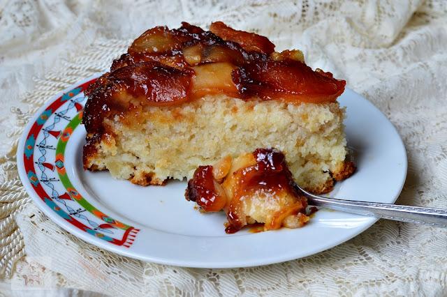 http://www.caietulcuretete.com/2016/03/tort-de-mere-de-post-la-slow-cooker.html