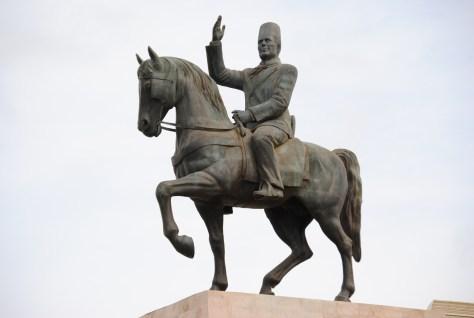 La décision du retour de la statue à l'avenue Habib Bourguiba n'a pas encore été prise
