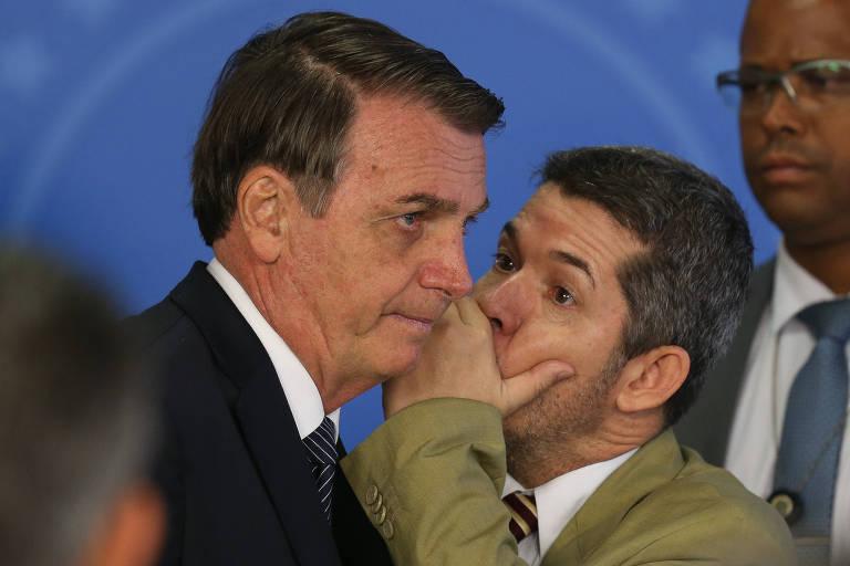 PSL abre processo contra Eduardo Bolsonaro e mais 18 deputados federais