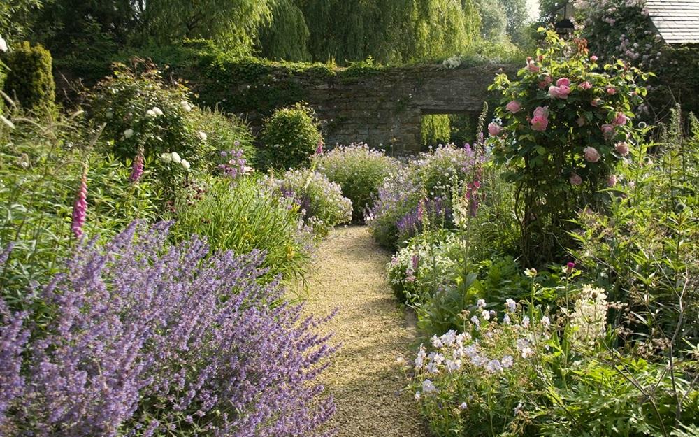 Garden Inspiration From Arne Maynard Charm Home Design