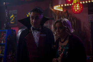 Chilling Adventures of Sabrina 2x4 - As profecias do Dr. Cerberus