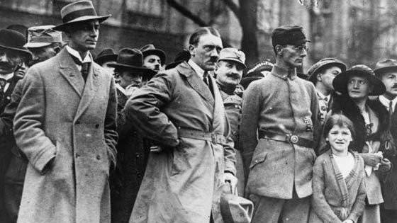 Fakta Pelik Mengenai Adolf Hitler