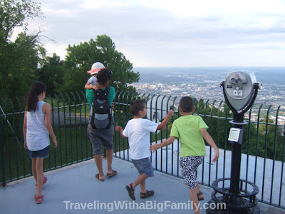 Tips for traveling with a big family
