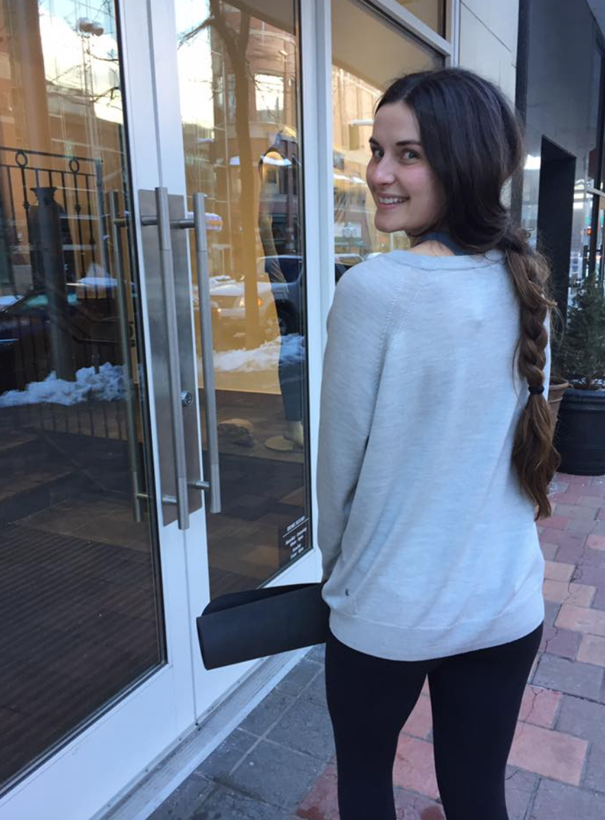 https://api.shopstyle.com/action/apiVisitRetailer?url=https%3A%2F%2Fshop.lululemon.com%2Fp%2Ftops-long-sleeve%2FRising-Salutation-Sweater%2F_%2Fprod8351375%3Frcnt%3D4%26N%3D1z13ziiZ7z5%26cnt%3D47%26color%3DLW3AFKS_027787&site=www.shopstyle.ca&pid=uid6784-25288972-7