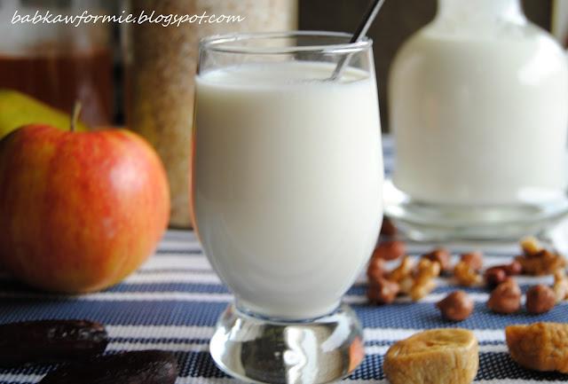 zdrowy domowy jogurt naturalny jak zrobić babkawformie.blogspot.com