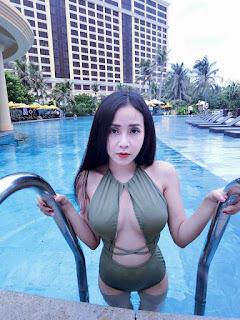 Gái xinh facebook Lục Anh lộ ảnh nóng