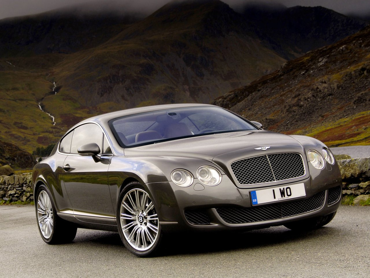 Cars And Cars: 2010 Bentley Continental GT