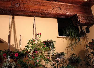 Flores en los patios de Toledo, Patios con mucha Historia. Los patios de Toledo abren al público por la festividad del Corpus