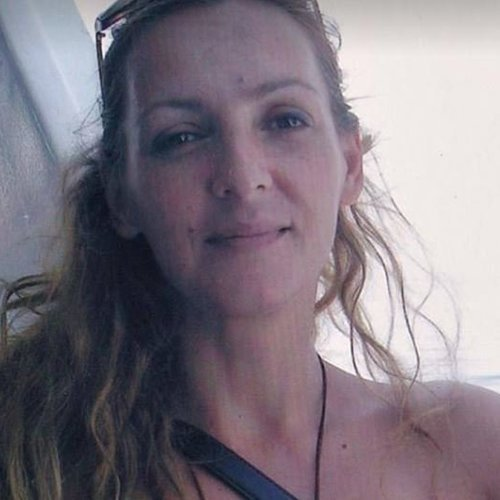 Από τσιγάρο προκλήθηκε η φωτιά στο σπίτι της δημοσιογράφου Καρολίνας Κάλφα στην Χαλκιοδική