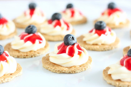 July 4th Cheesecake Bites (a no bake recipe)