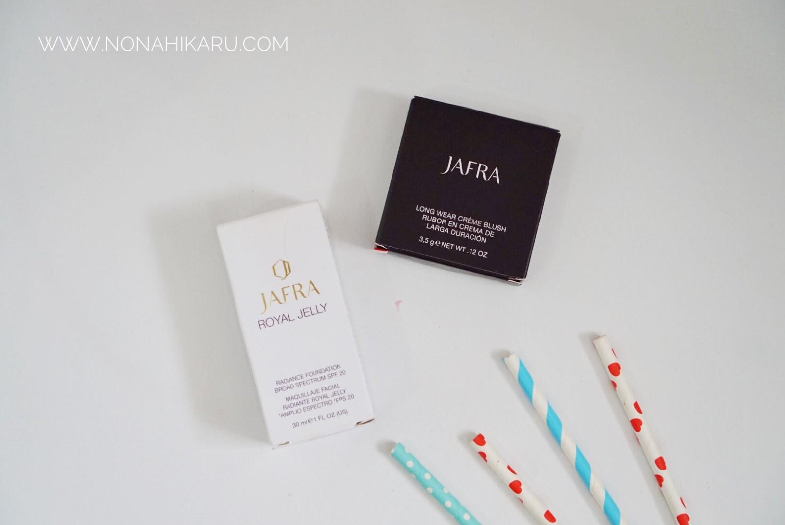 Reviw Jafra Royal Jelly Radiance Foundation Long Wear Creme Blush On Aku Sendiri Udah Pernah Nyobain Mud Mask Nya Dan Kali Ini Diberikan Kesempatan Oleh Elvina Indonesia Buat Nyoba Dua Produk Kosmetiknya