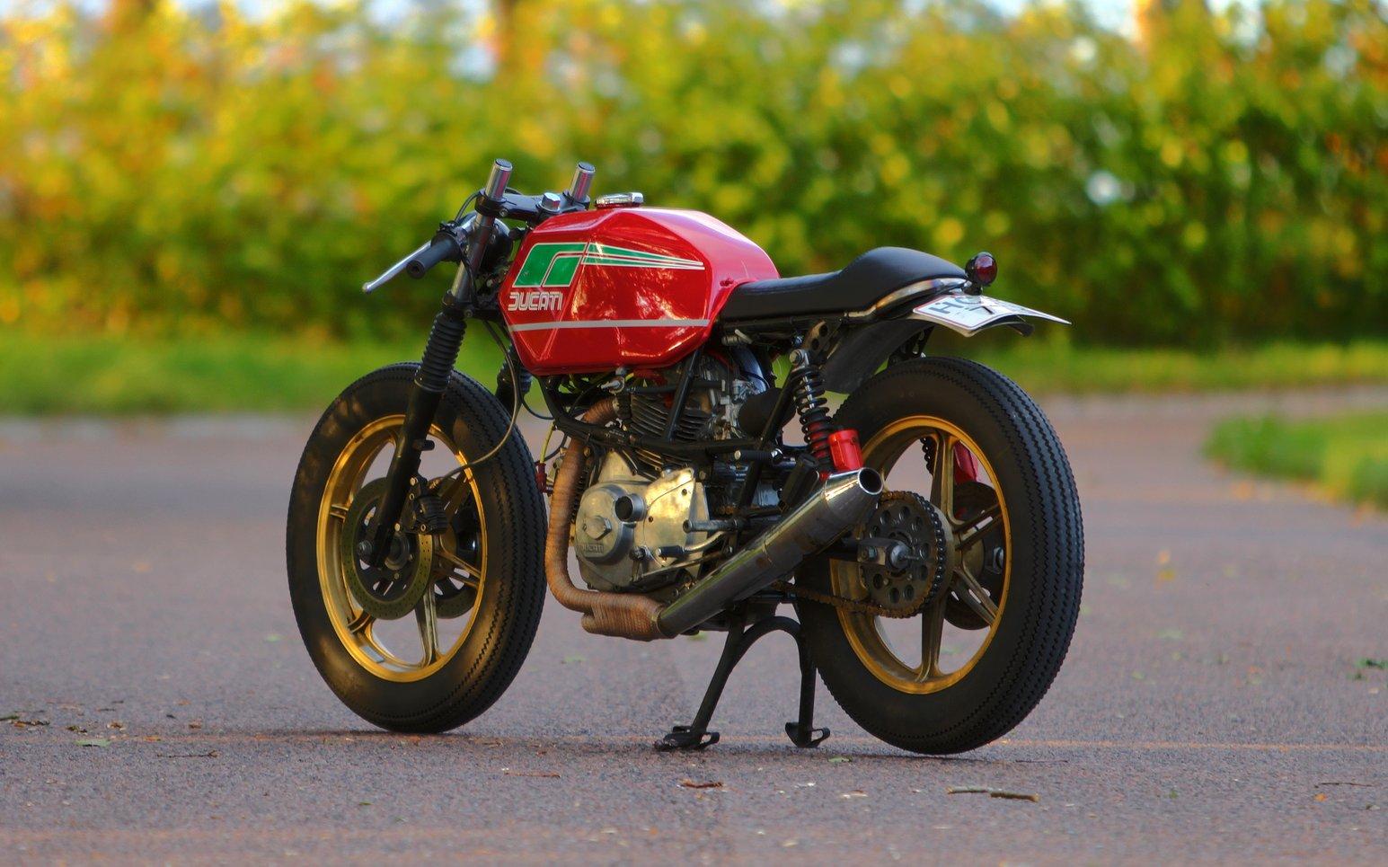 Ducati Sport  Cafe Racer
