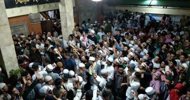 Masya Allah… Sempat Ditentang di Bali, Begini Seruan Damai Ustadz Abdul Somad