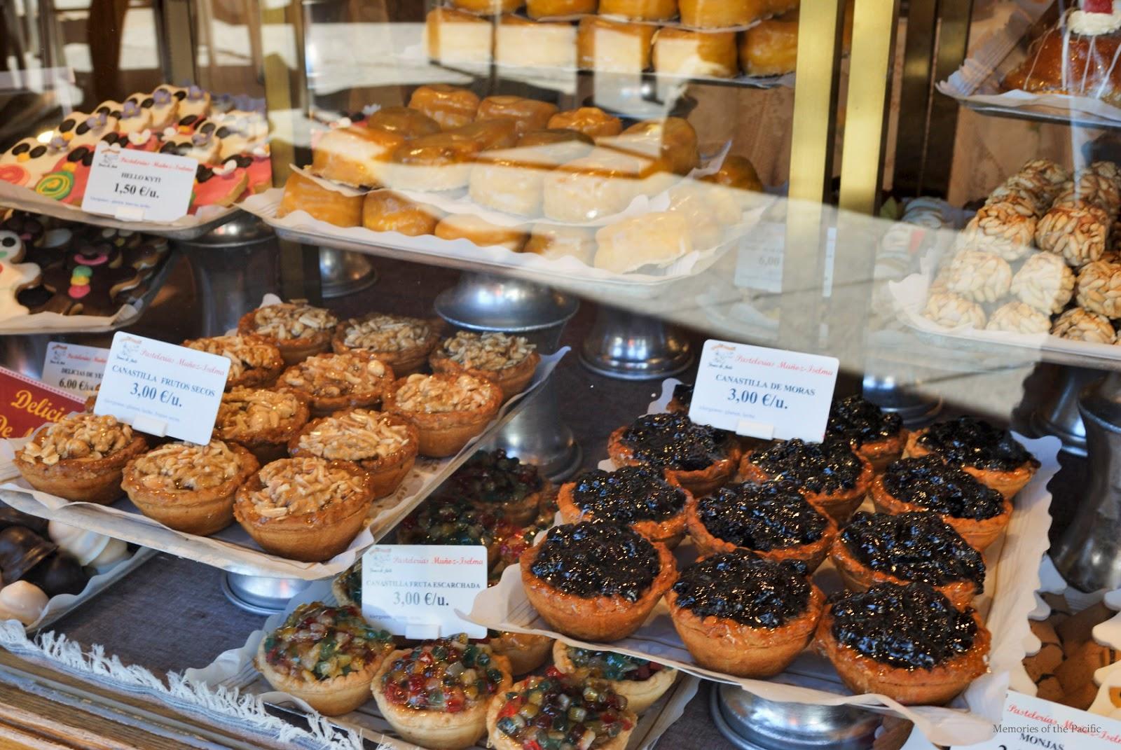 dulces tipicos avila yemas pasteleria travel blogger