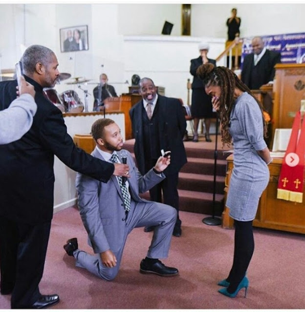 Man Kneels Down To Propose To His Fiancée During Church Service
