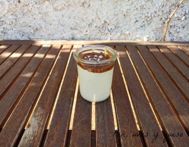 Flan de queso con salsa de turrón de Jijona (tradicional o Thermomix) - #NavideñizateTS