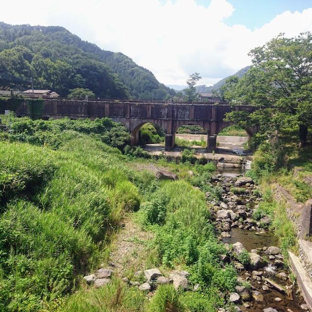 富士みち 朝日川 落合水路橋