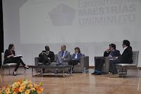 Jessica de la Peña, Francisco Perea,Andrés Ortíz, Amparo Cadavid, Carlos Martínez y Jesús Abad.