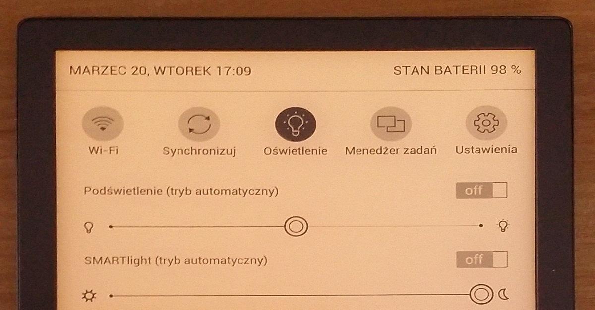 PocketBook InkPad 3 - górne menu z regulacją barwy i intensywności podświetlenia
