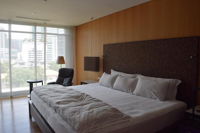 Maduzi hotel bangkok review