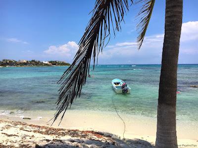 La plage isolée de Paamul, Yucatan, Mexique