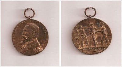 William T. Sampson Medal front and back belonging to John Fleming Walsh