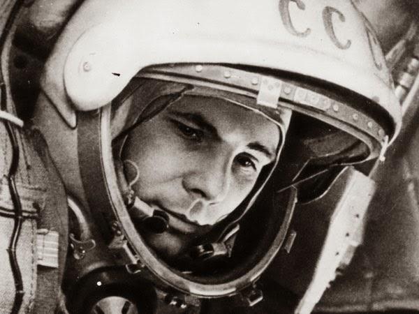 Il primo uomo a volare nello spazio: Jurij Gagarin.