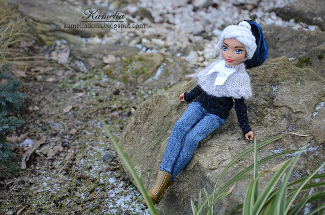 Handmade casual clothes for DC dolls.