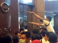 Video: Lift JATUH di BRI Sudirman Berisi 10 Orang