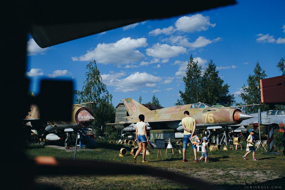 bērni aviācijas muzejā