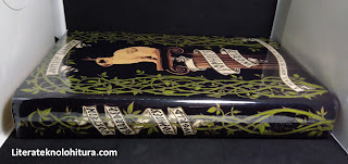 sophie's world book spine