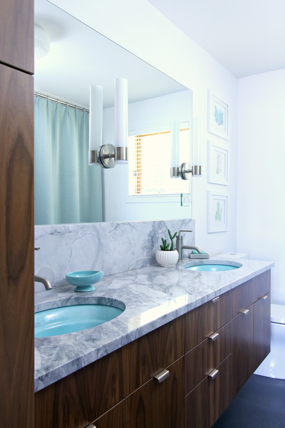 a mid century modern inspired bathroom renovation before after - Midcentury Bathroom 2016