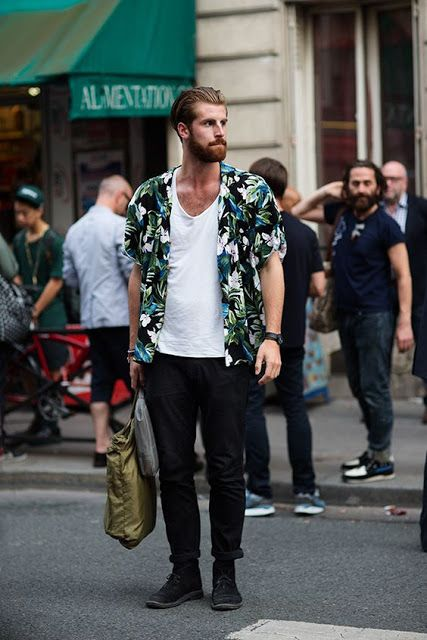 Look Masculino com Camisa floral