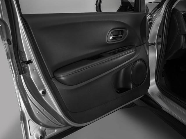 Honda HR-V 2017 - revestimento das portas