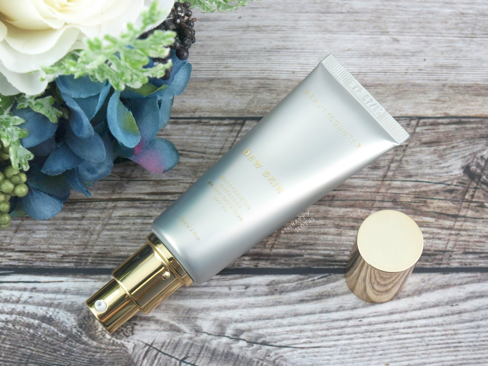 "Beautycounter | Dew Skin Moisturizing Coverage SPF 20 in ""No.1"": Review and Swatches"
